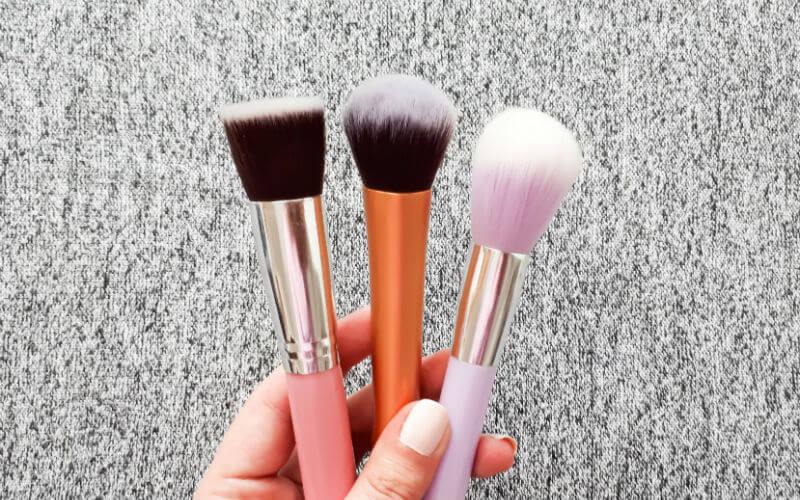 osnovni kistovi za šminkanje lica